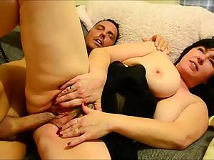 Phat tits housewife Juicey Janey gets hairy internal cumshot