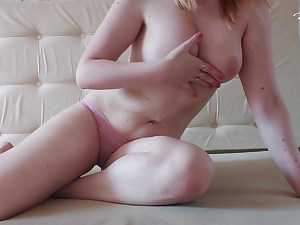 Chick With Unshaved Pussy – Passionate Finger-banging and Jizm Macro shot