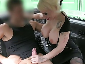 Dispirited kirmess filly paid taxi nearly a blowjob